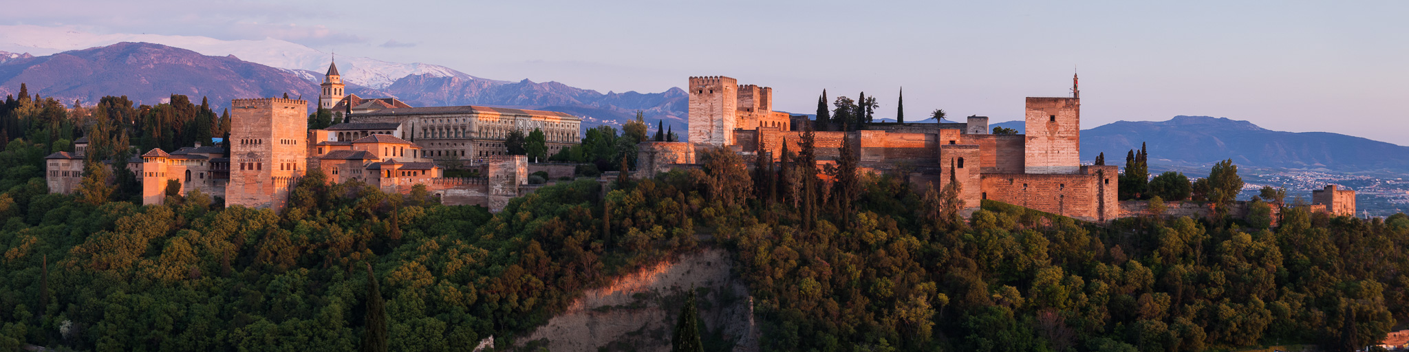 alhambra-grenada-sunset-panorama